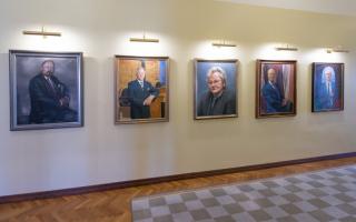 Портреты спикеров Рийгикогу, Фото: Эрик Пейнар