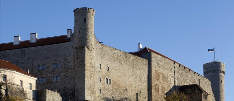 Pilstickeri torn, Toompea lossi läänemüür ja Pikk Hermann, 2013. Foto: Paul Kuimet