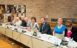 Открытое заседание комиссии по социальным делам