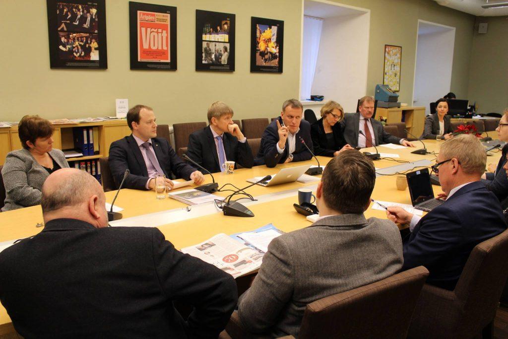 Haldusreformi teemaline arutelu, külas riigihalduse minister Arto Aas. 20.01.2016