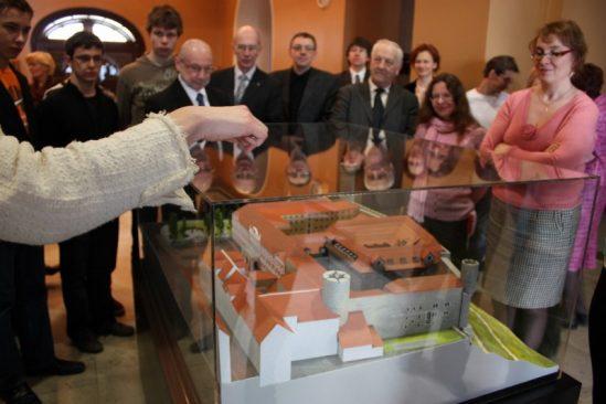 Ekskursioonid algavad Toompea maketi juurest