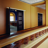 Vaade istungisaali sissepääsule