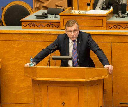 Tuline sõnavõtt Riigikogus. Juhan Parts 12. veebruaril 2015. Olulise tähtsusega riikliku küsimusena välispoliitika arutelu.
