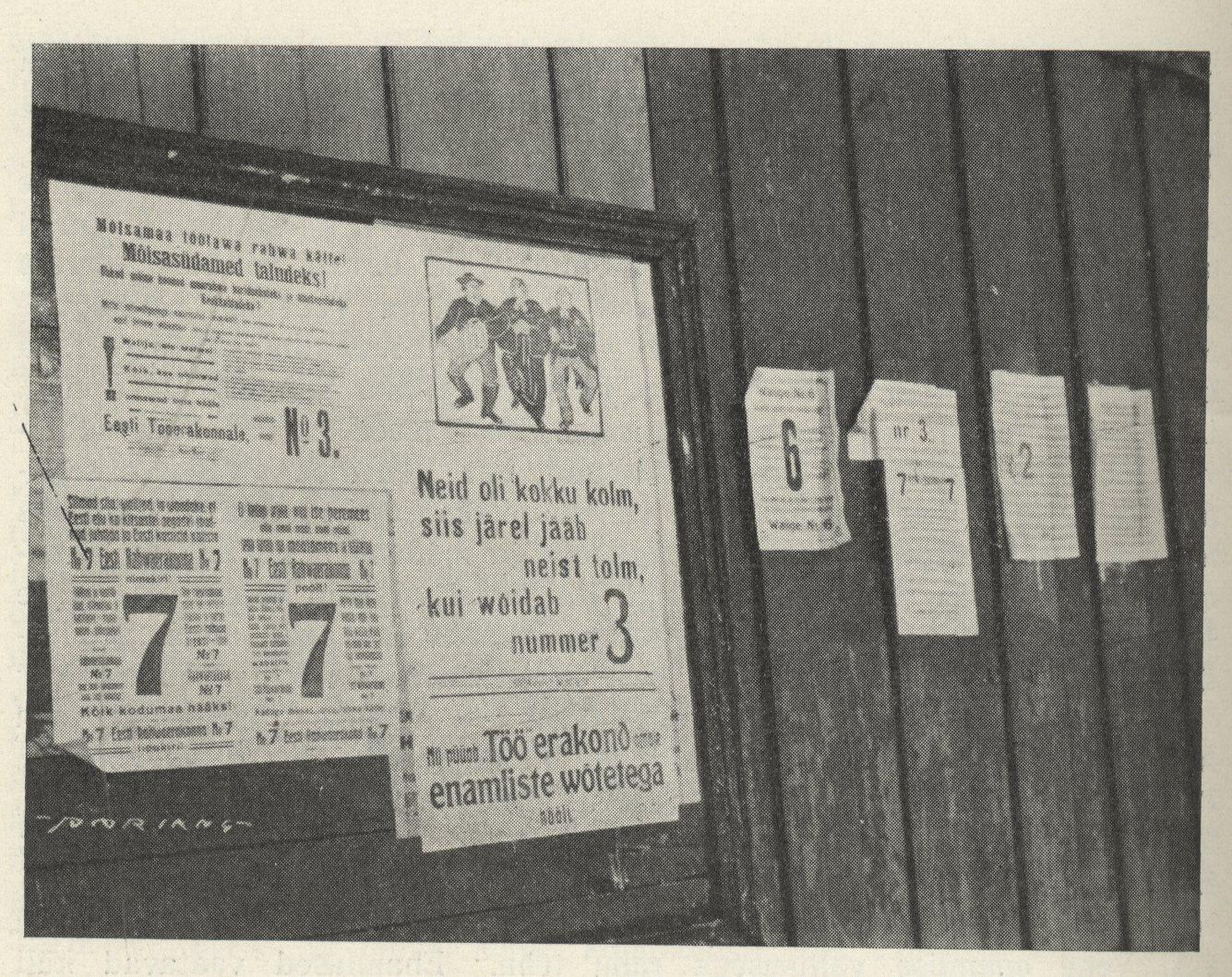 Asutava Kogu valimiste eel – erakondade kihutusplakateid Tallinnas. Laaman, Eduard. Eesti iseseisvuse sünd. Tartu, 1936, lk. 4