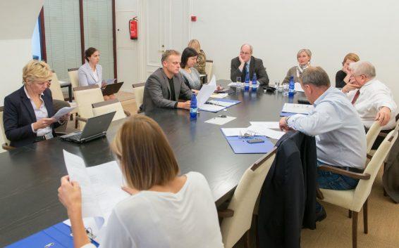 Euroopa Liidu asjade komisjon Komisjon kuulas riigisekretär Heiki Looti eesistumise ettevalmistustest