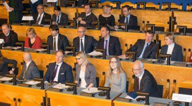 Riigikogu täiskogu istung 12. veebruar 2015