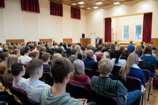 Õpilased Tallinna Nõmme Gümnaasiumis