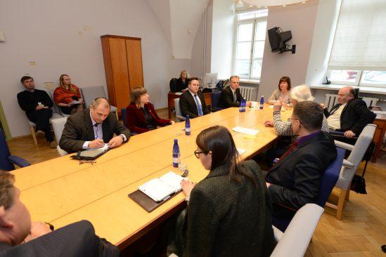 õguskomisjoni esimehe valimised