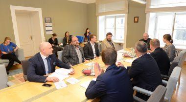 Põhiseaduskomisjoni esimehe ja aseesimehe valimised, 2015