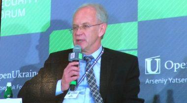 Riigikogu esimees Eiki Nestor Kiievi julgeolekufoorumil 28. mail 2015