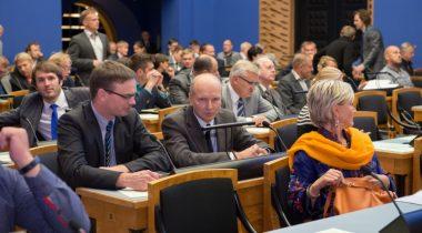 Riigikogu täiskogu istung 16. septembril 2015