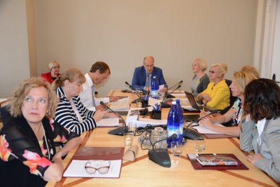 комиссия Рийгикогу по социальным делам