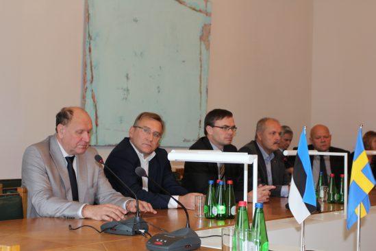 Riigikaitsekomisjoni ja väliskomisjoni liikmed kohtusid Rootsi Riksdagi delegatsiooniga