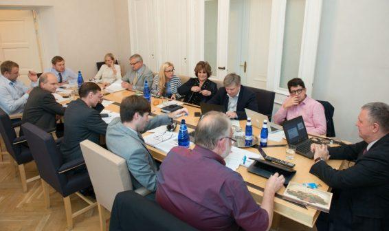 Riigikogu rahanduskomisjoni kohtumine Maksu- ja Tolliameti esindajatega 27.10.15