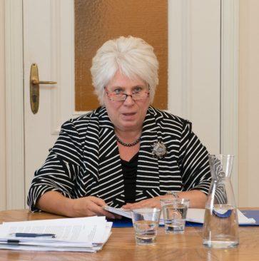министр иностранных дел, Кальюранд
