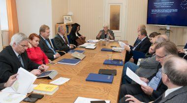 Väliskomisjon arutab piirileppeid