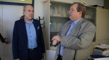 Sotsiaalkomisjoni esimees Aivar Kokk ja Eesti Geenivaramu direktor prof. Andres Metspalu
