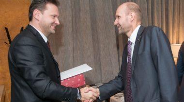 Helir-Valdor Seeder ja Tšehhi parlamendi saadikutekoja aseesimees Petr Gazdiki