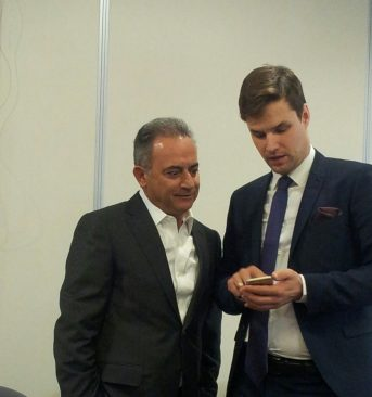 Euroopa Liidu asjade komisjoni esimees Kalle Palling oma Küprose kolleegi Averof Neofytouga