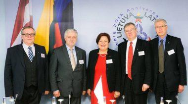 Parlamentide esindajad Vilniuses, Leedu Seimi foto
