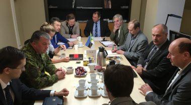 Konservatiivide fraktsioon kohtus Kaitseliidu juhtidega