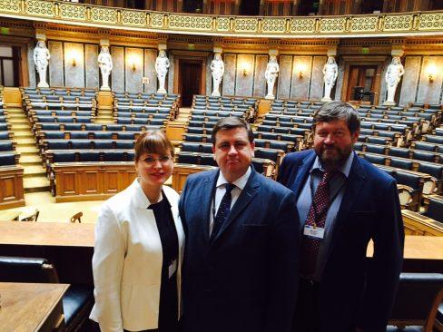 Nutt, Raidma, Kübarsepp - OSCE