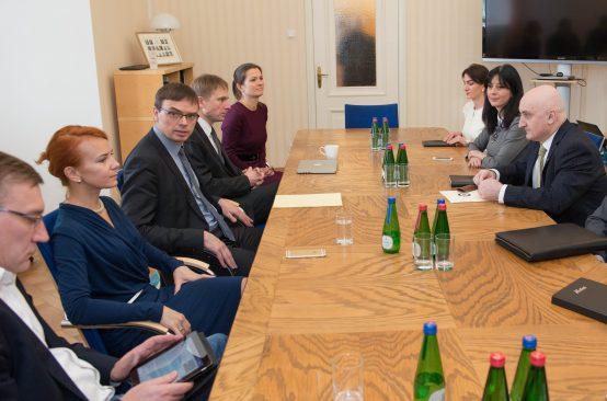 Kohtumisel Gruusia asevälisministriga keskenduti riigi lõimumisele NATO ja ELiga