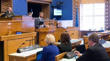 Jevgeni Ossinovski vastab arupärimisele