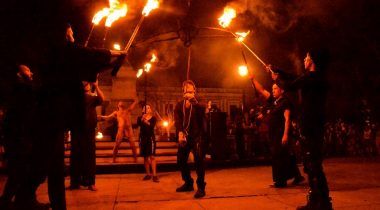 "TREFF festival, etendus ""Ave-Fenix"""