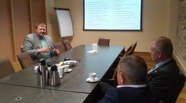 EKRE fraktsioon kohtus Kaitseressursside Ameti peadirektoriga