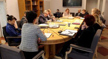 Kultuurikomisjoni kohtumine ministri ja rakkerühmaga
