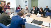 Riigikogu õiguskomisjon.