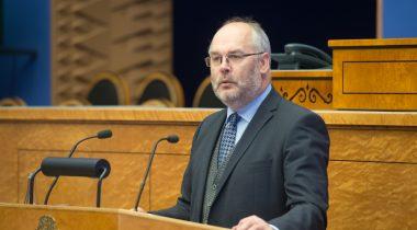 Государственный контролер Алар Карис представил Рийгикогу обзор использования и сохранения государственного имущества