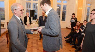 Riigikogu esimees Eiki Nestor tunnustab kodanikuühiskonna 2016. aasta tegijaid