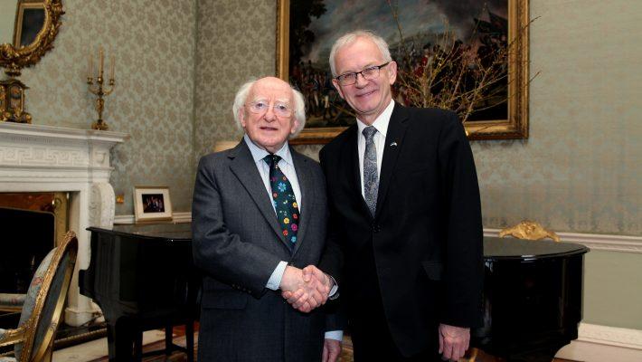 Riigikogu esimees Eiki Nestor ja Iiri president Michael Higgins. Foto: Iiri presidendi kantselei