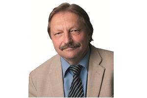 Keskerakonna fraktsiooni liige Helmut Hallemaa