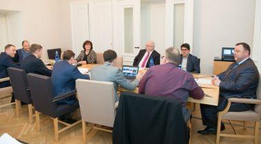 Rahanduskomisjoni istung 5.05.17