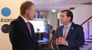 Marko Mihkelsoni kohtumisel USA Esindajatekoja välisasjade komitee esimehe Edward Royceiga oli kõne all Euroopa Liidu ja Ameerika Ühendriigi vaheliste suhete tugevdamine