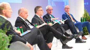 Parlamentidevaheline välis-ja julgeolekupoliitika konverents - Marko Mihkelson, Jüri Luik, Tacan Ildem, Hannes Hanso