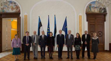 Maaelukomisjoni esimees Aivar Kokk ja Euroopa Toiduohutusameti juhtid