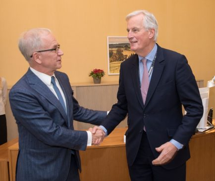 Eiki Nestor ja Michel Barnier
