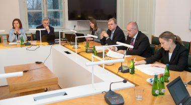 Комиссия по иностранным делам озабочена ситуацией в области преподавания финно-угорских языков в России
