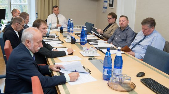 Majanduskomisjoni istung. Foto: Erik Peinar / Riigikogu Kantselei
