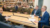 Riigikaitsekomisjoni liikmete kohtumine Kaitseväe Ühendatud Õppeasutuste Lahingukooli Vanemstaabiallohvitseride kursuse õppuritega