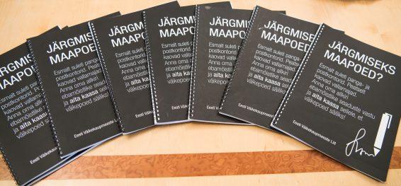 Kaustad, millesse koguti allkirju maapoodide toetuseks