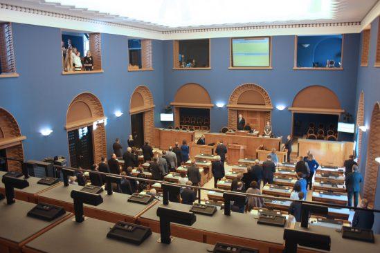 Riigikogu võttis vastu tänuavaldus