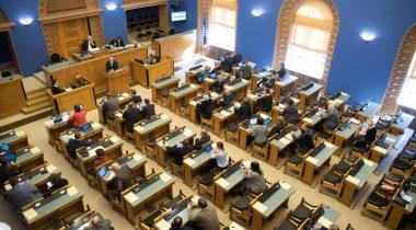 Täiskogu istung Riigikogu saalis. Foto: Riigikogu Kantselei / Erik Peinar