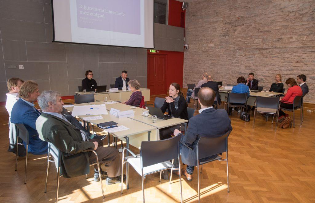 Probleemkomisjon kaasas riigireformi lähtealuste väljatöötamisse huvigrupid. Foto autor: Erik Peinar