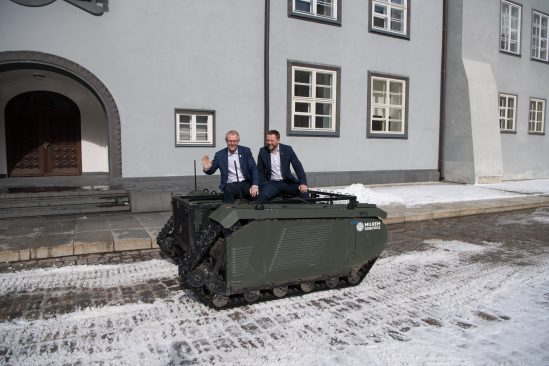 Riigikaitsekomisjoni esimees Hannes Hanso ja liige Margus Tsahkna