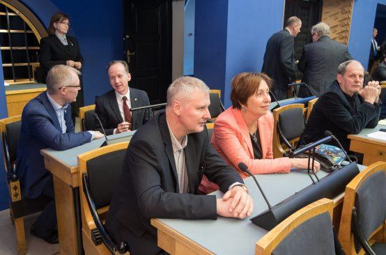 OTRK eesti keele olukorrast Riigikogu täiskogu istungil. Foto: Riigikogu Kantselei / Erik Peinar